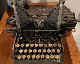 Oliver No. 3 Typewriter (Early 1900s)