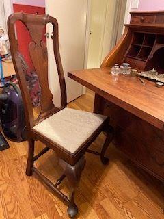 Item 61  Queen Ann Chair $85