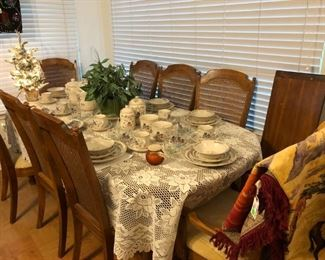 "Dining table w/several leaves, 8 chairs.  Set of International China ""Homestead"""
