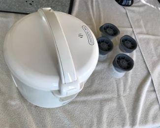 Rice cooker. Estimate $35