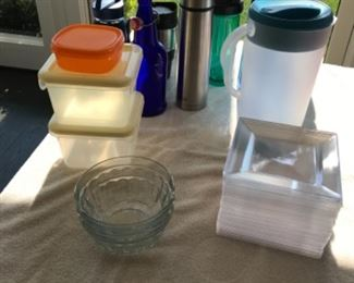 Misc drink & food containers,