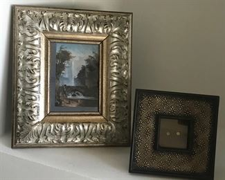 Small oil painting & frame Estimate $500