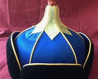 Cerimonial hat Estimate $350