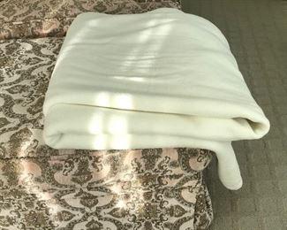 Wool blanket Estimate $60