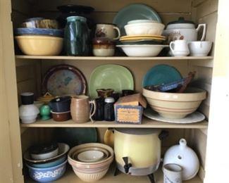 Stoneware, kitchenware