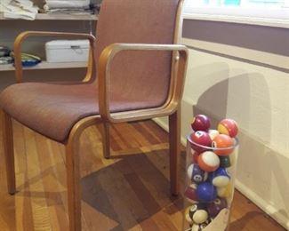 Knoll Chair