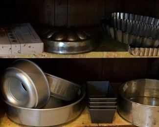 Cake and mold pans