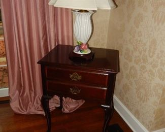 American Masterpiece Collection by Hickory Furniture nightstands; lamps