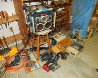 Bosch 5 piece tool set with radio
