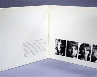 The Beatles White Album #J 080422, Capitol SWBO 101 Promo 2 x LP, No Poster or Photos, NM Vinyl