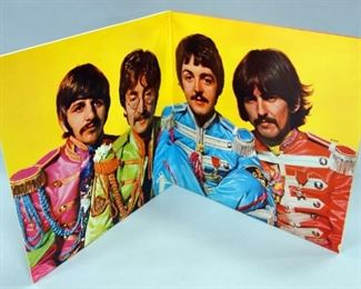 The Beatles Sgt. Peppers Lonely Heart Club Band w/Insert, Capitol SMAL 2653, NM Vinyl