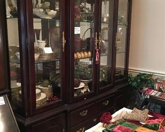 Thomasville China cabinet, entertainment & serving pieces as well as elegant decor.
