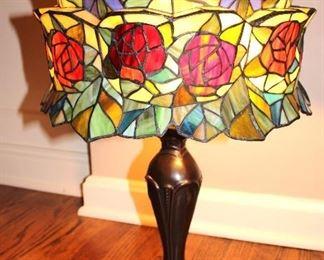 Tiffany Style Lamp w/ Bronze Base