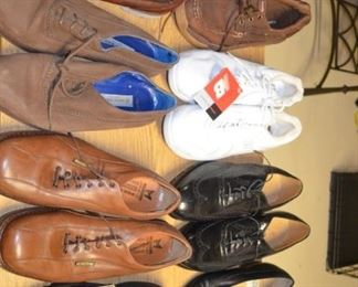 New / Gently Used Mens Shoes Size 13