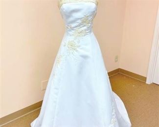 Isabella Bridal Size 16 Bridal Gown