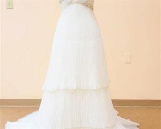 Pronovias Size 12 Ivory Bridal Gown