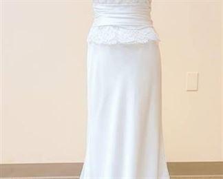 Paloma Blanca Size 10 Designer Strapless White Wedding Gown