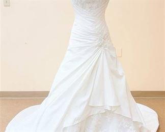 David Tutera Size 2 Designer White Bridal Gown