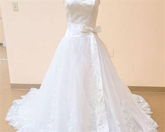 Mon Cheri Couture by Sabrina Toy Size 10 Strapless White Designer Gown