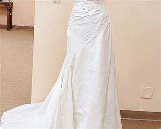 St. Patrick Size 10 Dupioni Silk Sample Wedding Dress Gown