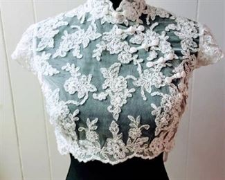 Size 10 Off-White Lace Wedding Bridal Jacket Top with Cap Sleeves