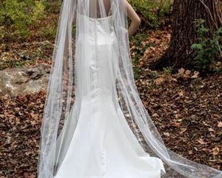"""92"""" Long Ivory Veil with Scattered Rhinestones"""
