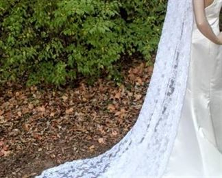 """114"""" Long Cathedral Veil, Lace Pattern Throughout, Very Heavyweight with 4"""" Headpiece"""