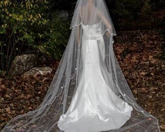 """105"""" Long Layered Cathedral Veil White Scalloped Ribbed Edging Around Entire Veil with Daisy Flowers"""