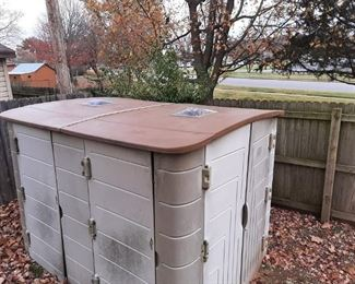 """THINKING OUTSIDE"" PLASTIC STORAGE SHED"