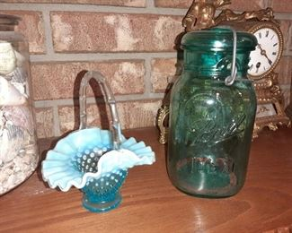 HOBNAIL BASKET - GREEN BALL IDEAL JAR