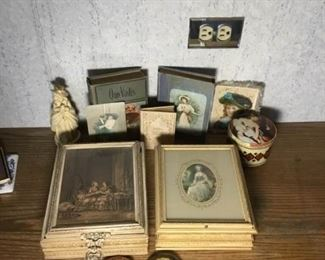002 Collection of Victorian Themed Items