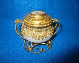 Royale Palais French Souvenir Opaline Glass w/ Ormolu Trinket Box