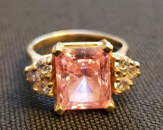 stunning 14k gold pink topaz