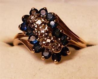 Beautiful 10k sapphire and diamond waterfall ring