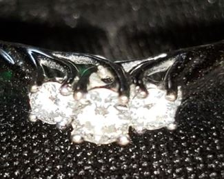 high quality 14k white gold Friendship Love Fidelity diamond ring
