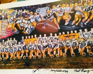 1998 Reunion Team print signed by all players that were at the reunion including Billy Cannon