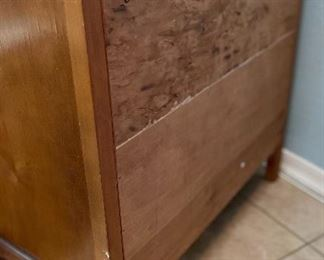 Vintage Marble Top Bow Front 4-Drawer Dresser31x31x17.5inHxWxD