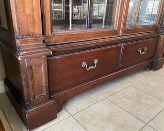 Thomasville Cherry Wood Display Case80x64x21inHxWxD