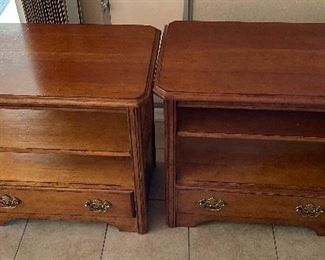 2pc Superior Furniture end Tables PAIR24x18x28inHxWxD