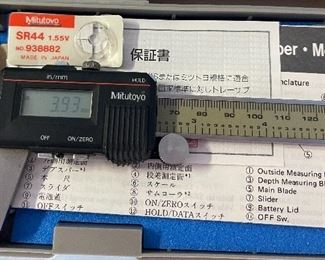 Mitutoyo Digimatic 500-351 Calipers in Case