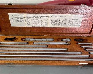 Lufkin 6801D Inside Micrometer Set