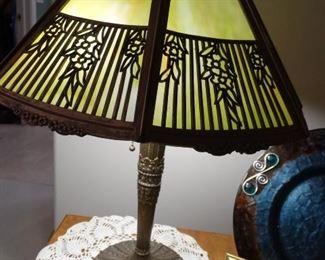 Bradley and Hubbard 8 panel lamp (Beautiful)