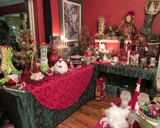 Huge Amount of Awesome Christmas Decor!
