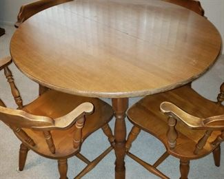 Round Maple Table/Leaf/Four Chairs