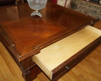 STANLEY  coffee table and end tables