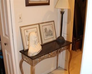 ENTRY TABLE, WALL ART, SCULPTURE, LAMP