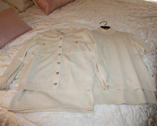 ST. JOHN CLOTHING