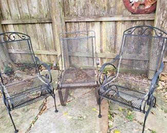 iron lawn furniture