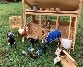 BREYER Horses and Stable