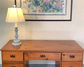 Pine Kneehole Desk